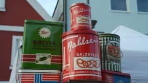 Blickfänger für die Küche: Nostalgie Kaffeedosen